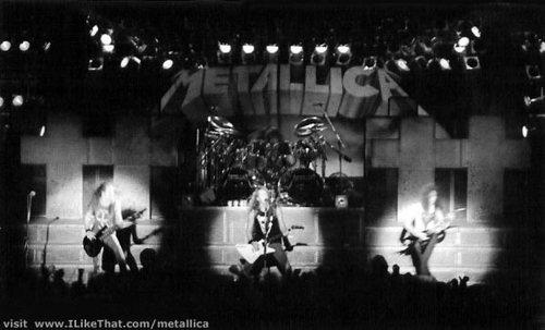Metallica+solnahallen102